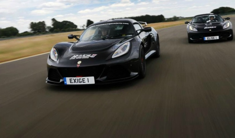 Exige and elise on track